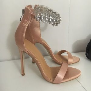 PINK CHAMPAGNE COLORED HEELS
